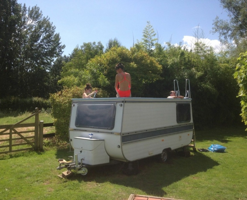 2- Benedetto Bufalino, caravane piscine